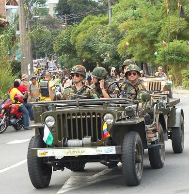 Fotografias Desfile de Autos Antiguos